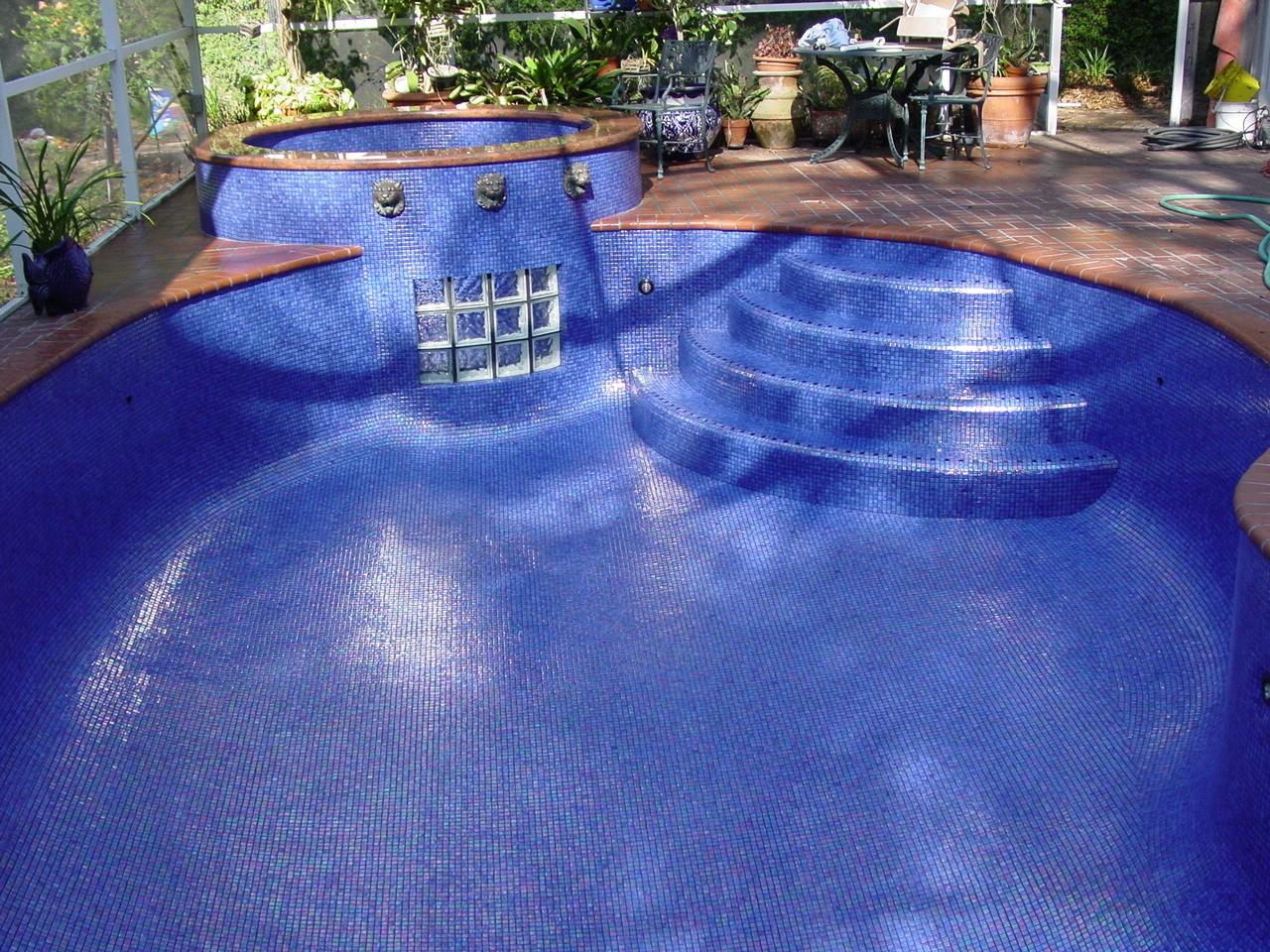 Kolorines All Tile Swimming Pool